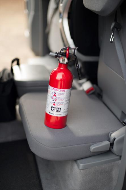 overlanding-4x4-fire-extinguisher