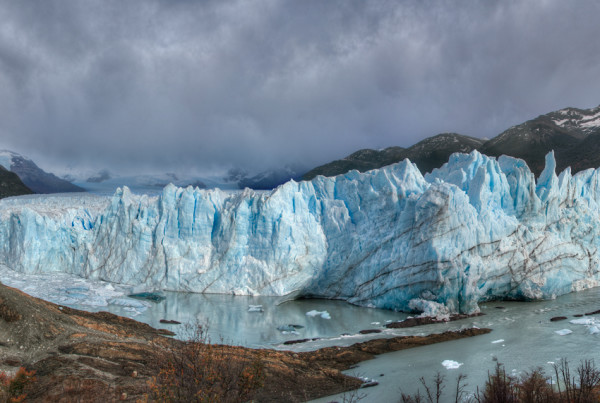 perrito-moreno-glacier-panoramic-el-calafate-argentina