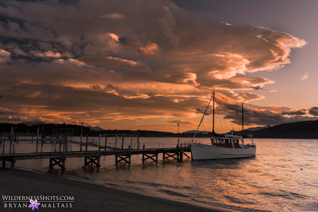 Lake Te Anau sunset boat new zealand landscape photography