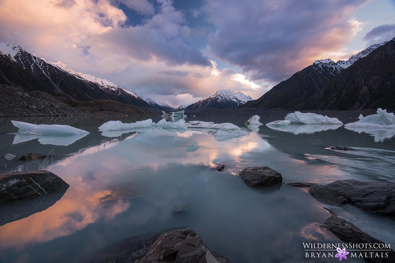tasman lake new zealand landscape photography