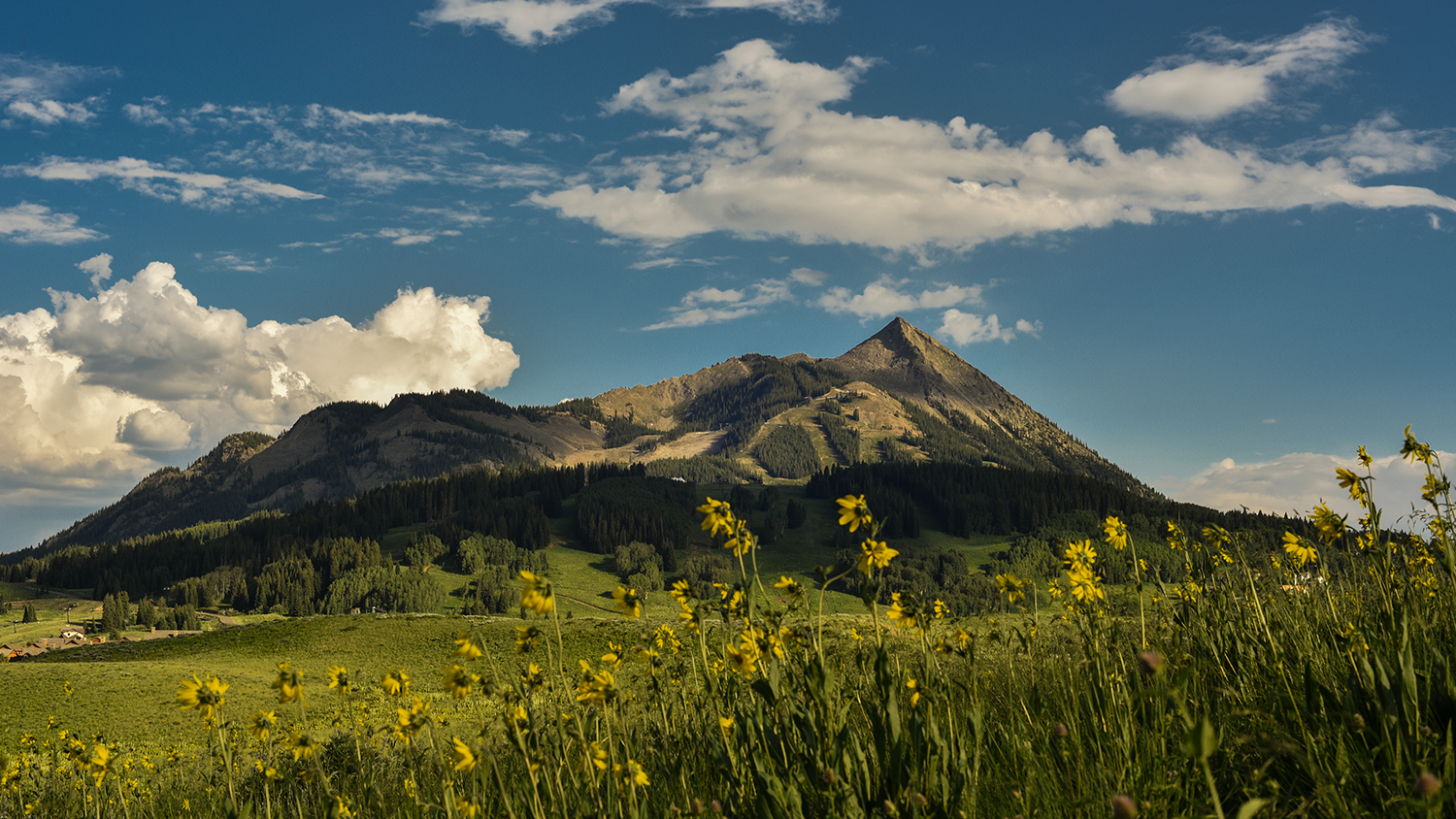 Mount Crested Butte, Colorado 4k Photo Timelapse